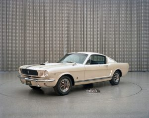 Ford_Mustang_For_Christmas3