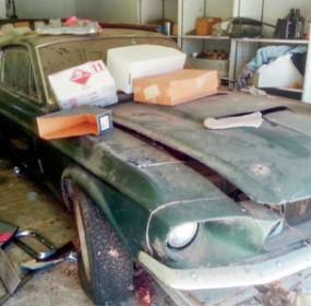 1967_GT500_barnfind