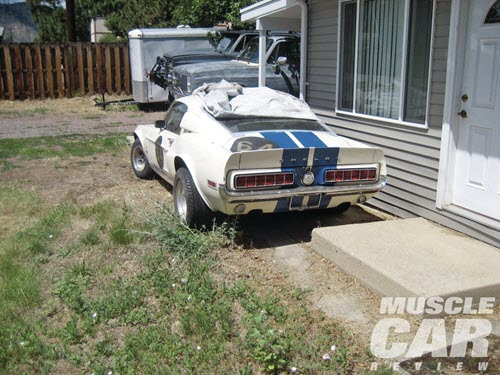The 68 Shelby G.T. 350 fastback with chassis 8T02J149293-01092 was parked and chained to the carport. Image: Muscle Car Review