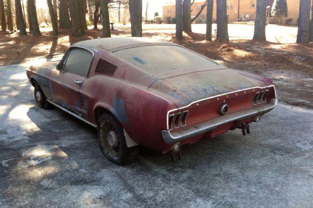 1967-mustang-gt-fastback-rear-quarter (1)
