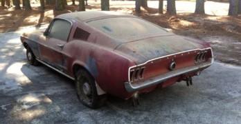 1967-mustang-gt-fastback-rear-quarter